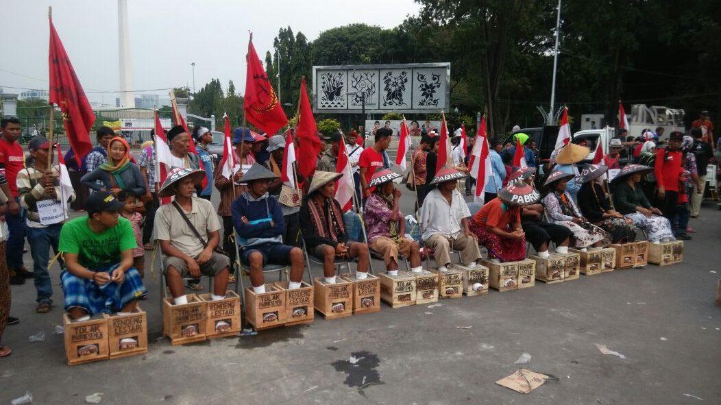PANGGILAN DARURAT!  Dukungan terhadap petani kendeng  dalam aksi #Dipasungsemen jilid 2